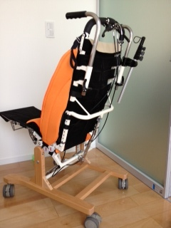 座位保持椅子1.jpg