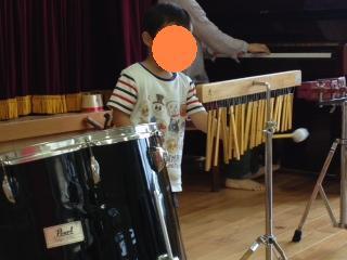 音楽療法演奏2.jpg
